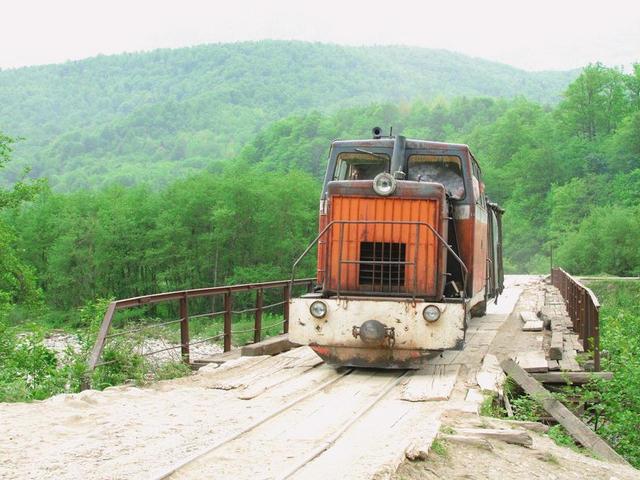 Апшеронская узкоколейная железная дорога
