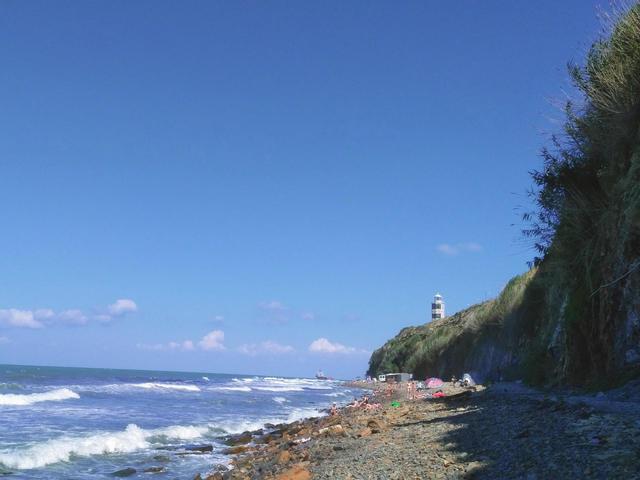 Дикий пляж «Маяк»