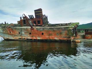 Заброшенные китобои вбухте «Витязь»