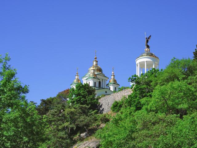 Храм Святого Архистратига Михаила вОреанде