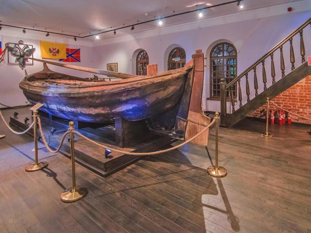 Музей-усадьба «Ботик ПетраI»
