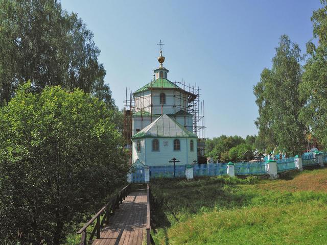 Храм Покрова вСынтуле