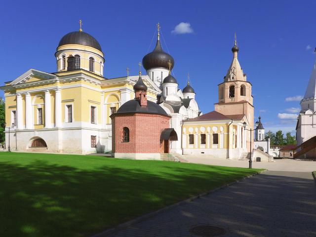 Комплекс Свято-Успенского монастыря вСтарице