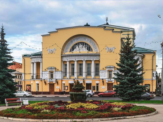 Драматический театрФёдора Волкова