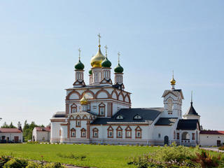 Троице-Сергиев Варницкий монастырь в Ростове