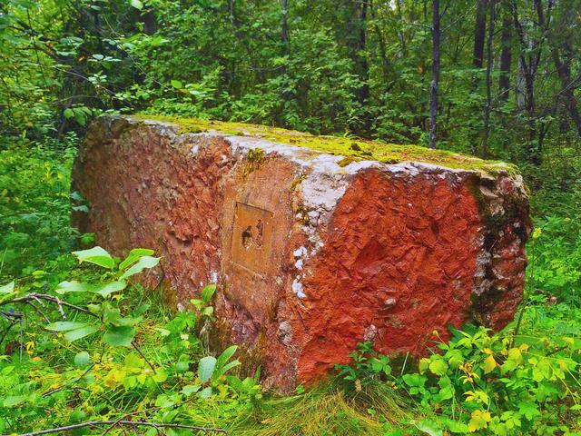 Дунькин сундук и Самсонкин гроб