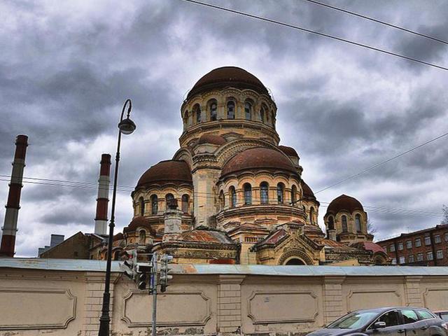 Церковь вГалерной гавани
